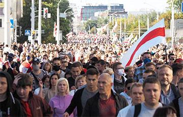 Фоторепортаж: Бело-красно-белый Марш справедливости в Минске