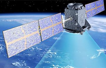 Космический спутник РФ сгорел в атмосфере