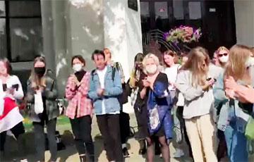 Студэнты БДУКМ патролілі «пацучынага караля»