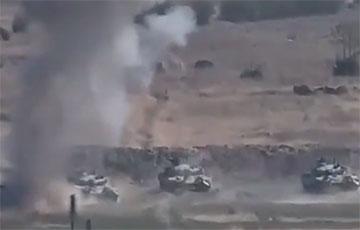 Армения обнародовала видео уничтожения танков Азербайджана в Нагорном Карабахе