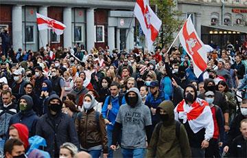 Сухарево и Серебрянка вышли на марши протеста