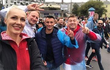 Кто из спортсменов вышел на воскресный протестный Марш