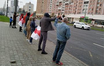 Минчане с самого утра вышли на акции протеста