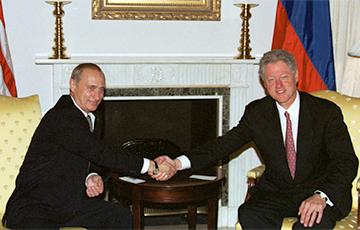 Путин обсуждал с США отстранение диктатора от власти