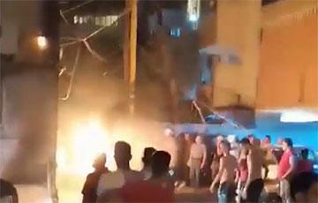 В жилом квартале Бейрута взорвался резервуар с нефтепродуктами