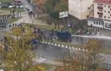 Лукашисты с особой жестокостью подавляют протесты