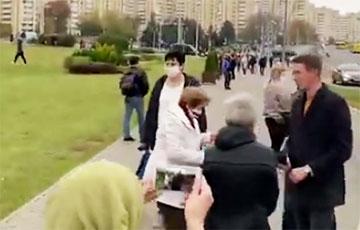 «Помойка!»: Как белоруски встречали на Марше Гордости пропагандиста БТ Хоровца