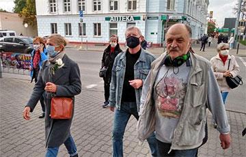 В Гомеле пенсионеры идут Маршем по центру города