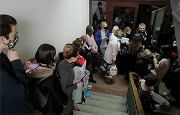 MSLU Students Laid Siege To Rector's Office