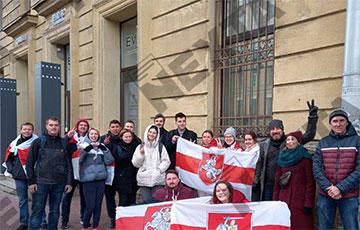 Белорусы Санкт-Петербурга в 70-й раз вышли на акцию протеста