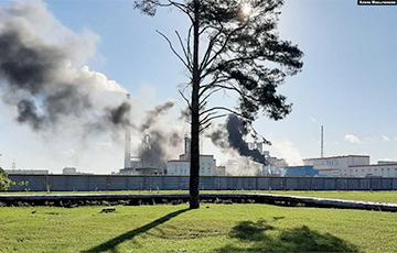 Как минимум один человек погиб в пожаре на Светлогорском целлюлозно-картонном комбинате