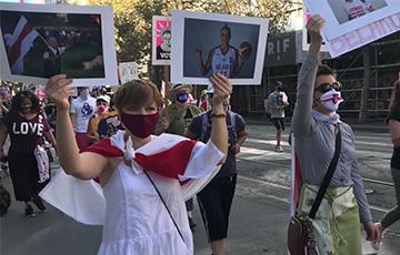 Белоруски вышли на Женский марш в Сан-Франциско