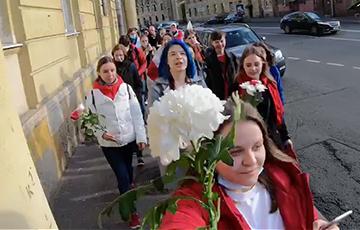 Белоруски Санкт-Петербурга поддержали героинь нашей революции