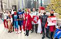 Супергероі з Чыкага перадалі прывітанне беларусам, якія ідуць сення на Марш