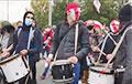 Нядзельны Марш у Менску праходзіць пад бой бубнай