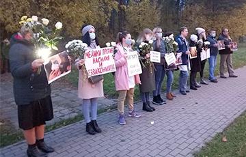 Солигорские медики с самого утра встали в цепь солидарности