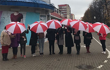 Zhodzina Residents Took Part in an Action of Solidarity With the Strikers