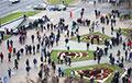 Участники Марша в Минске собираются возле бульвара Толбухина