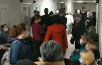 Shocking Video From the Infectious Diseases Department of the 8th Polyclinic in Minsk