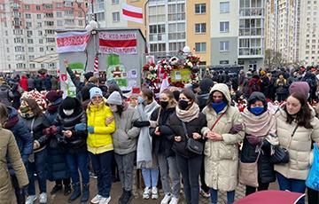 Будущие поколения  будет вдохновлять на подвиги  легенда о несломленных белорусах