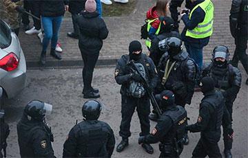 Лукашисты задержали более 600 участников акций памяти Романа Бондаренко