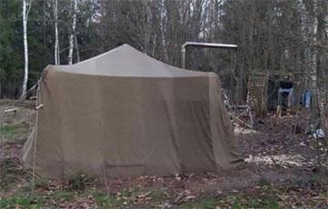 Семья белорусов больше двух месяцев спасалась от коронавируса и чипирования в палатке в Налибокской пуще