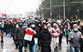 Десятки тысяч белорусов вышли на воскресный Марш по всей стране