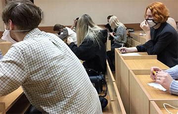 Студэнтаў МДЛУ сабралі ў адной аўдыторыі на экзамен