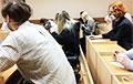 Студентов МГЛУ собрали в одной аудитории на экзамен