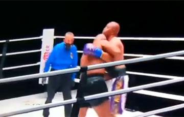 Тайсон и Джонс вышли на боксерский ринг