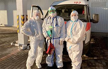 Как журналист провела один день с бригадой скорой помощи, которая выезжает на COVID-19
