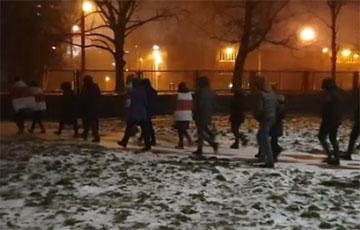 Жители Востока вышли на вечерний марш