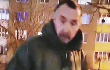 Журналисты нашли неадекватного «ябатьку», напавшего на мемориал Роману Бондаренко на Ангарской