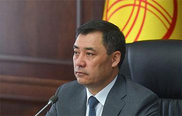 Хакеры взломали страницу президента Кыргызстана в Facebook