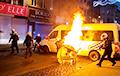 В Бельгии протестующие атаковали кортеж короля