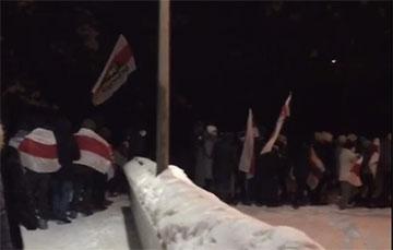 Минчане с Ангарской и Алтайской вышли на марш