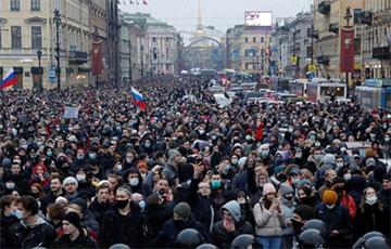 Россияне проснулись в другой стране