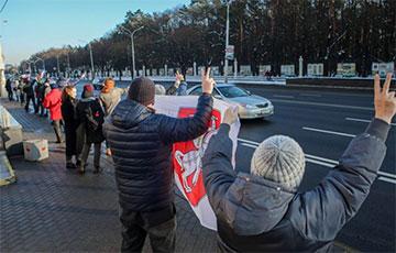 В Минске субботние протесты переросли в воскресные