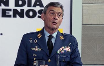 В Испании подал в отставку глава Генштаба, который вакцинировался вне очереди