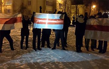 Минчане из микрорайона Сокол вышли на акцию солидарности
