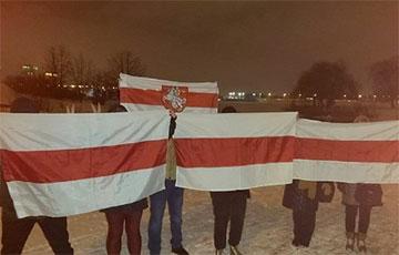 Минская Серебрянка вышла на прогулку с соседями