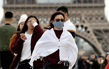 Известный врач рассказал, зачем маска от COVID-19 нужна на свежем воздухе