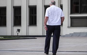 Масквічы: Няхай нікчэмны Лукашэнка з'язджае з Беларусі да Януковіча