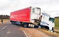 Жуткая авария: в Глубокском районе столкнулись две фуры