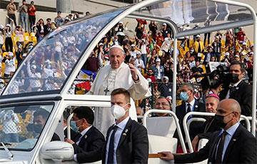 Тысячи человек посетили заключительную мессу Папы Римского в Ираке