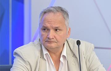 Andrei Suzdaltsev: Siloviki Will Direct Weapons against Lukashenka