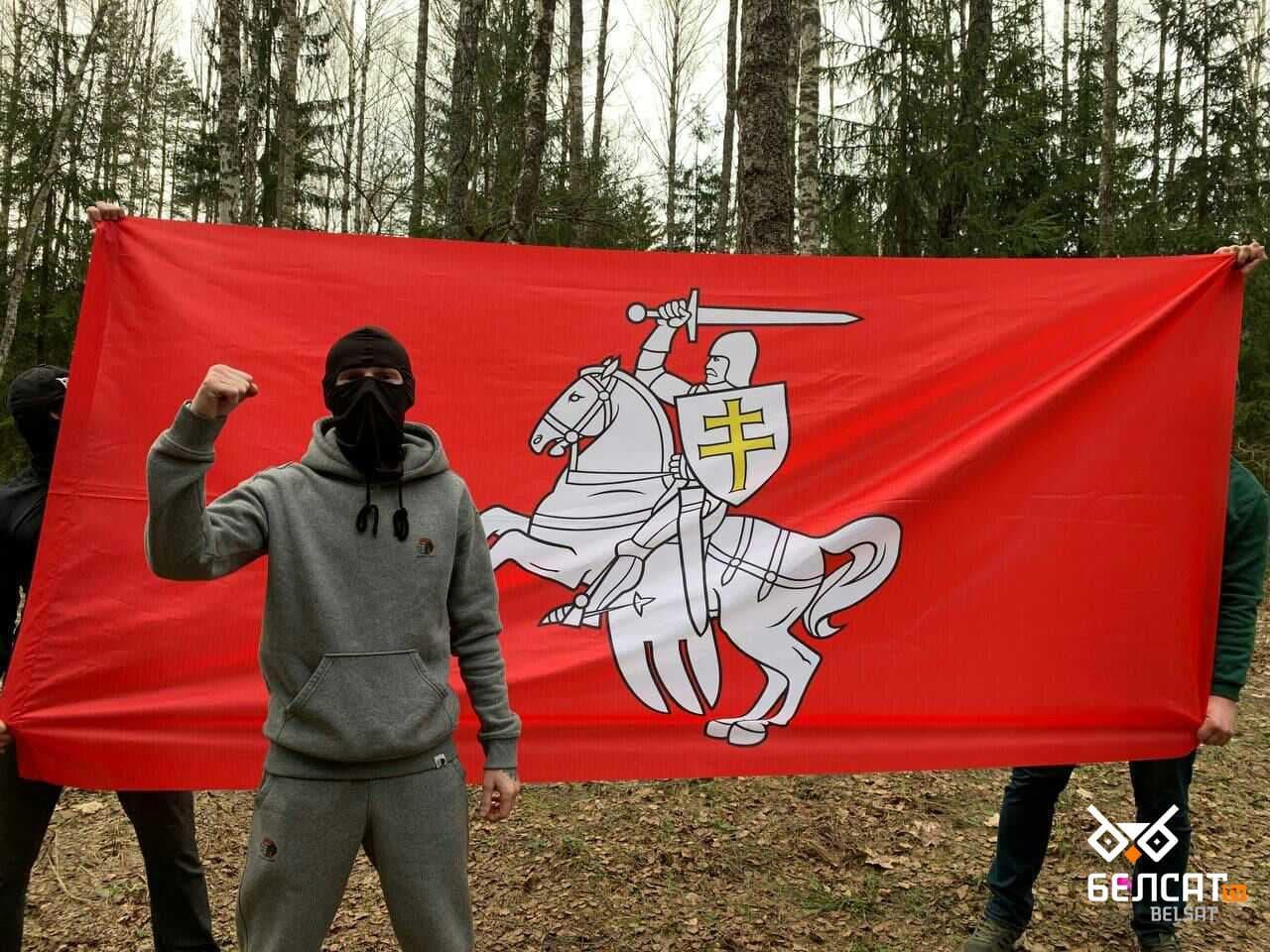 Белорусы выходят каждый день1