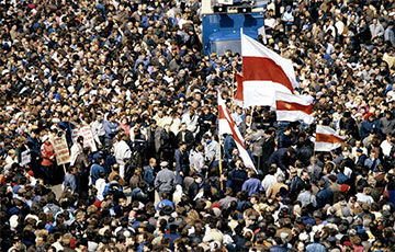 «Остановился весь Минск»: как 100 тысяч заводчан вышли на Площадь