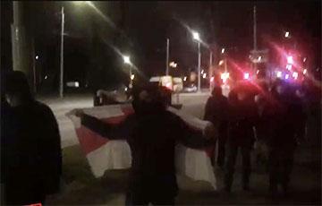 Минчане вышли на марш почти в самом центре столицы