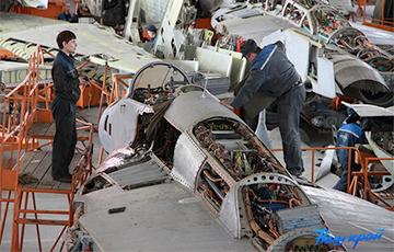 Дивиденды оборонного авиаремонтного завода в Барановичах уменьшились в восемь раз
